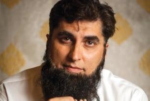Junaid Jamshed: Pakistan's Bridge