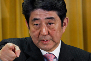 Shinzo Abe returns to lead Japan