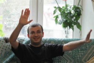 Second donkey blogger released by Azerbaijani court