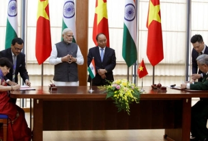 New Delhi Offers $500 million Credit Line to Hanoi for Defense