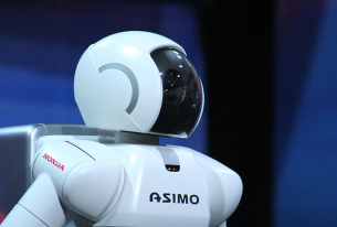 Obama meets ASIMO, stares into uncanny valley (UPDATED)