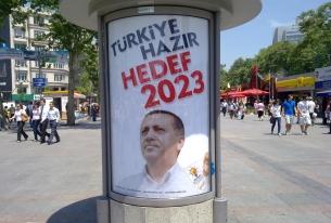Erdogan's Base Shaken in Massive Corruption Probe