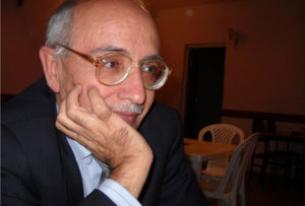 Azerbaijani writer reportedly stabbed, hospitalized
