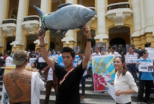 Vietnam Seeks to Calm Waters One Year After Environmental Disaster