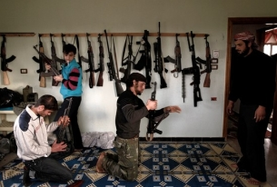 Arming the (Right) Syrian Rebels