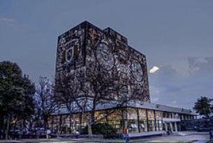 UNAM Goes Online