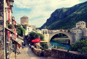 Bosnia and Herzegovina is on the brink of a constitutional and political crisis. Simply put: If it happens, Russia wins and the United States and Europe lose.