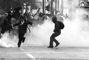 Does the Greek Golden Dawn party threaten European unity?