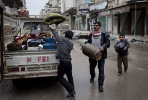 Obama Administration Weighs Options in Syria