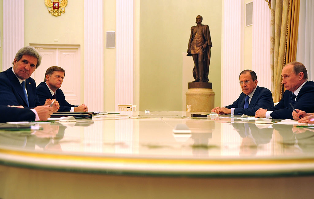1024px-Secretary_Kerry_Meets_With_Russian_President_Putin_and_Foreign_Minister_Lavrov_(2)
