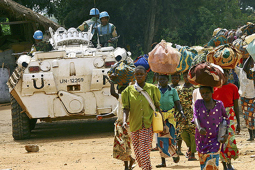 UN peacekeepers in Bogoro in the run-up to the 2006 presidential elections | Photo: United Nations Photo