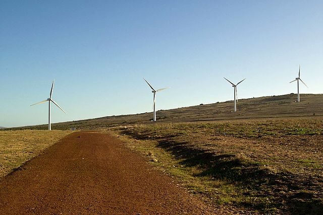 640px-Darling_South_Africa_wind_turbines