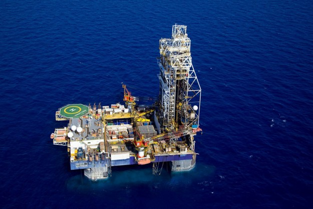 An aerial shot of a Tamar natural gas rig (photo: Charles van Meter via Flickr).