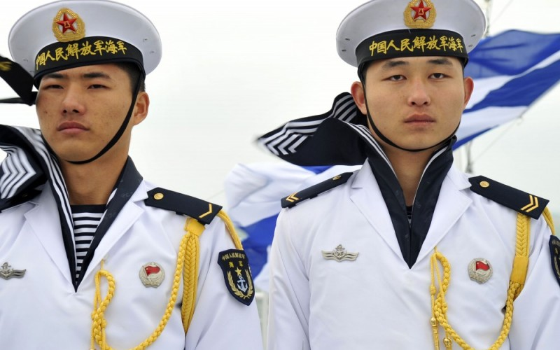 Chinese_sailors_qingdao-e1456871276599-800x500_c
