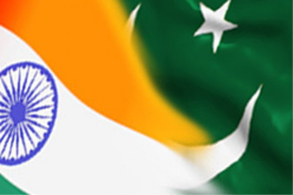 India-Pak-flags1