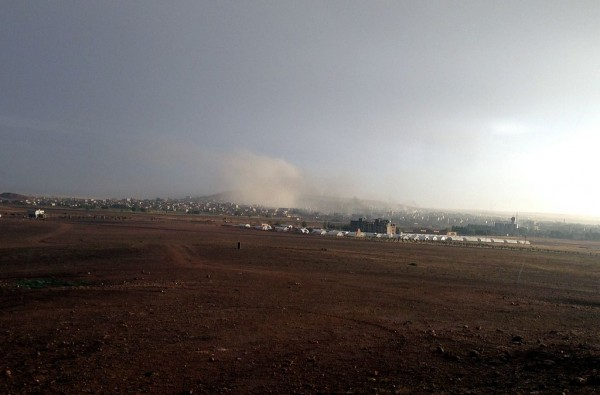 A view point of the city Kobanê, in Syrian Kurdistan, during the bombradment of ISIL targets by US-led forces, The photo has been taken from Turkish-Syrian border (Suruç). Photo: M. Akhavan / Persian Dutch Network