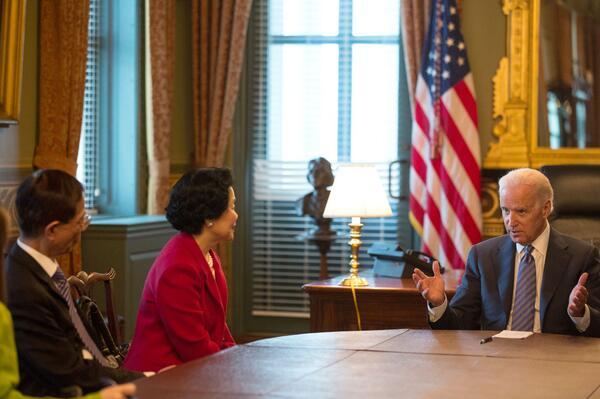 Martin Lee and Anson Chan meet with Vice-President Joe Biden.