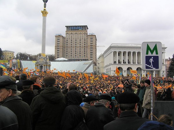 Ukrainians have returned to the streets to protest, just as they did in Kiev (above) on the first day of the 2004 Orange Revolution. Photo by Serhiy, courtesy of Wikimedia Commons.