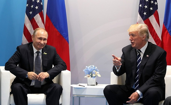 Vladimir Putin and Donald Trump meet at G20 Summit (Kremlin)