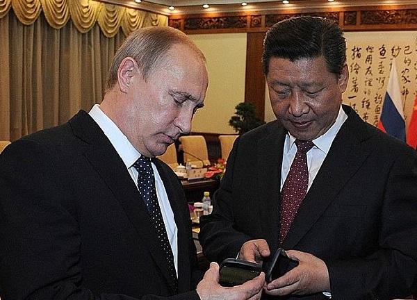 Russian President Vladimir Putin and Chinese President Xi Jinping (Kremlin)