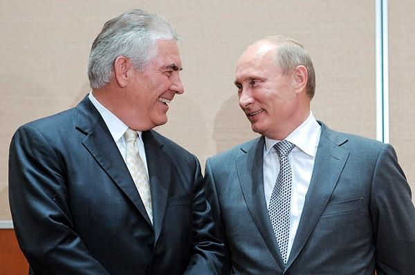 ExxonMobil CEO Rex Tillerson meets with Russian President Vladimir Putin, 2011 (RBC)