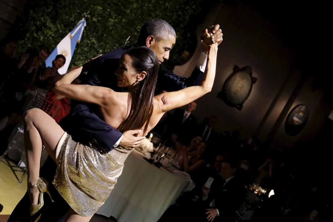 U.S. President Barack Obama dances tango during a state dinner hosted by Argentina's President Mauricio Macri at the Centro Cultural Kirchner as part of President Obama's two-day visit to Argentina, in Buenos Aires March 23, 2016. (REUTERS/Carlos Barria)