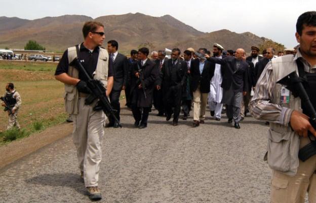 [Afbeelding: contractors-Afghan.jpg]