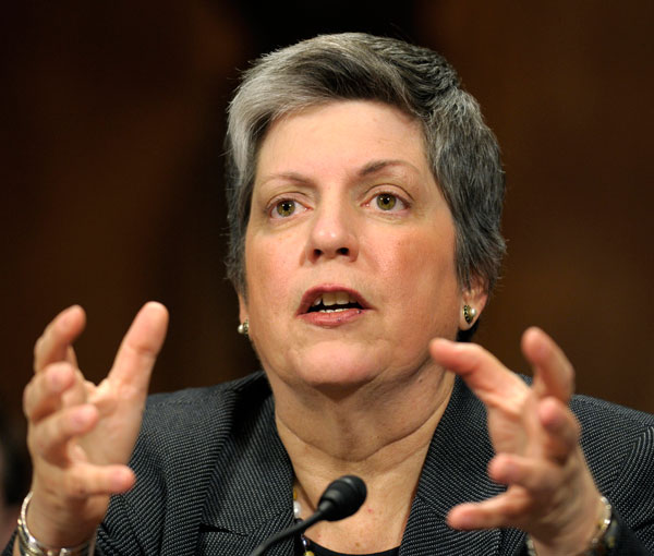DHS Secretary Napolitano sued by ICE agents