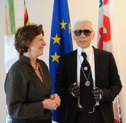 Nellie Kroes meets Karl Lagerfeld (or is it the other way around?)