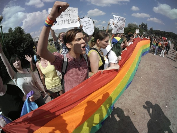 russia-gay-rights.jpeg2-1280x960