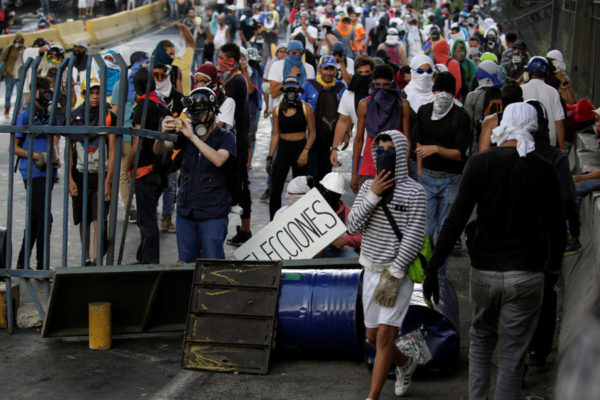 Venezuela: Tensions High as Showdown Looms